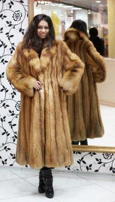 Fur Fashion, Fashion Photo, Womens Fashion, Fabulous Fox, Fox Fur Coat, Red Fox, Fur Jacket, Style Guides, Mantel