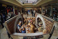 De Amerikaanse kunstenaar Kurt Werner tekende de kerststal in het jaar 2007 tussen twee muurtjes en op de vloer van het winkelcentrum Belmont Forum in de stad Perth in Australië. De illusie van diepte in de kerststal ontstaat doordat de tekeningen vervormd zijn en het geheel wordt bekeken door een visseoog-lens.