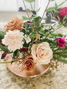 Pastel, Table Decorations, Flowers, Blog, Home Decor, Cake, Decoration Home, Room Decor, Florals