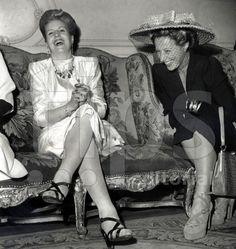 Eva Peron (with shoes by Ferragamo) and Michelle Aucouturier (wife of french president VincentAuriol) in Paris july 1947 President Of Argentina, All About Eve, French President, France, Queen, Love Her, Actresses, Lady, Photography