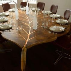 Solid wood furniture for modern interior design and decor in trending eco style. Leaf shaped dining table made of solid wood, unique furniture design! Solid Wood Furniture, Unique Furniture, Furniture Design, Furniture Vintage, Resin Furniture, Furniture Movers, Outdoor Furniture, Luxury Furniture, Furniture Ideas