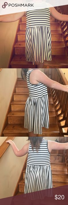 Bellamie Size Large White and Black Dress Worn, but in great shape. Size large. From the brand Bellamie. bellamie Dresses Mini