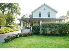 TAKE A LOOK AT SINGLE FAMILY HOMES AND CONDOS FOR SALE IN 60610 BARRINGTON IL Ted Sharpenter eXp Realty 773-491-4494 http://www.chicagorealestate4sale.com/