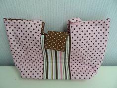 Gracie Handbag by Lazy Girl Designs. $15.00, via Etsy.