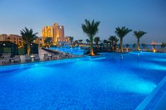 Swimming Pool Hilton Double Tree Marjan Island