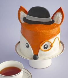 I decided to move address but you can find the new site and this very post over at Icing Insight - How To Make An Adorable Fox Cake. Cake Icing, Cupcake Cakes, Super Torte, Fox Cake, Fox Party, Animal Cakes, Fox Cookies, First Birthday Cakes, Happy Birthday