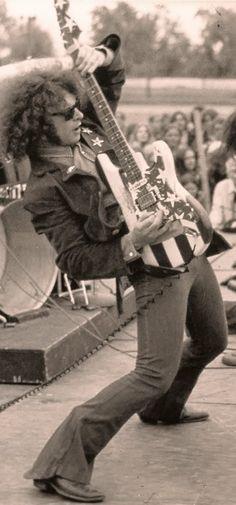 Wayne Kramer of Rock N, Punk Rock, Hard Rock, Heavy Metal, History Of Punk, Proto Punk, Music Maniac, Guitar Lessons, Guitar Tips
