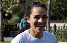 Mai sunt 5 zile în care putem pue umărul la înființarea primei BĂNCI de LAPTE MATERN din România. Pe 28 decembrie, Eugenia Dobrescu, fondatoarea Diversificare.ro va alerga 21 km in Sahara, la Extrême Marathon de Zagora pentru susținerea acestei cauze.
