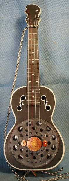 resonator ukulele