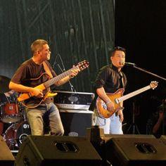 P'doong @patee122 A.Prode #rock #rocker #nokair #concert #guitarist #musician #webstargram #instacanv #instamood #instacanvas #lovestagram #thaistagram - @nok77- #webstagram