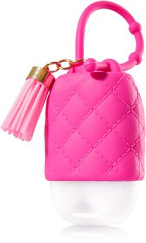 Pink - PocketBac Holder - Bath & Body Works - Make germs go bye-bye with girly pink accents and a fun tassel! This convenient holder attaches to your backpack, purse & more so you can always keep your favorite PocketBac close at hand. Bath N Body Works, Bath And Body Works Perfume, Personajes Monster High, Anti Aging, Hand Sanitizer Holder, Pink Perfume, Hair Care, Smell Good, Girly Things