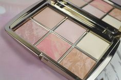 Beauty| Hourglass Ambient Lighting Edit Palette