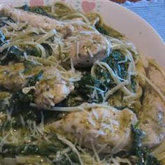 Chicken pesto florentine - a PERFECT weeknight meal.