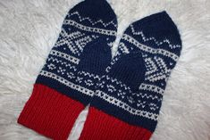 Knit Mittens, Mitten Gloves, Drops Design, Ravelry, Diy And Crafts, Socks, Knitting, Sewing, Fabric