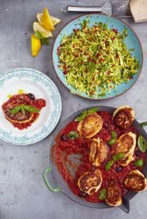 Jamie Oliver 15 - Ricotta fritters with tomato sauce & courgette salad. GF the fritters easily, just a binder replacement, and mostly ricotta and egg, so keto-friendly, just do of sauce to keep low carb. Jamie's 15 Minute Meals, 15 Min Meals, Jamie Oliver 15 Minute Meals, Ricotta Fritters, Ricotta Pancakes, Vegetarian Recipes, Cooking Recipes, Delicious Recipes, Meal Recipes