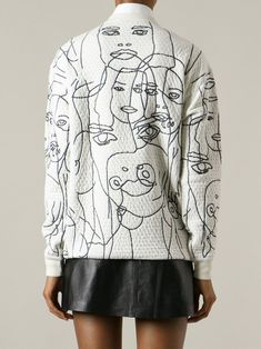 Idée trait de couture comme un trait de crayon!!! Face embroidered sweatshirt; monochrome pattern fashion // Stella McCartney