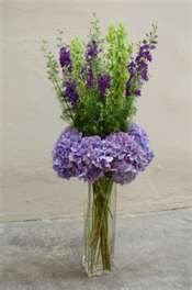 Purples flower arrangement.