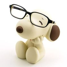 Picture of Snoopy Eyeglasses Stand: Beige/Brown Snoopy Love, Charlie Brown And Snoopy, Snoopy And Woodstock, Piskel Art, Snoopy Quotes, Joe Cool, Eyeglass Holder, Peanuts Snoopy, Cute Disney