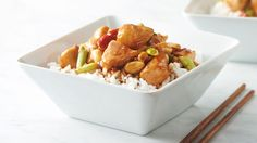 Easy Kung Pao Chicken - This favorite chicken dish is one of the most popular dishes throughout China and the Western world alike for it's sweet and spicy flavors. Edamame, Asian Recipes, Ethnic Recipes, Chinese Recipes, Oriental Recipes, Asian Foods, Guacamole, Best Chinese Food, Crunch