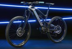 It is the new Olympia Hammer a downhill e-mtb monster with carbon frame and 180 mm travel, a tank that promises to smooth out any bumps in search of maximum downhill fun. Geometry Help, E Mtb, Power Unit, Electric Bicycle, Olympia, Carbon Fiber, Smooth, Bike, Search