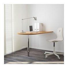 IKEA - GERTON, Table, , Bois massif, matériau naturel et durable.Possibilité de régler la hauteur de la surface de travail de 70 à 107 cm grâce aux pieds réglables.Trous pré-percés pour le montage des pieds.Fixer le plateau de table au mur grâce aux fixations murales incluses.