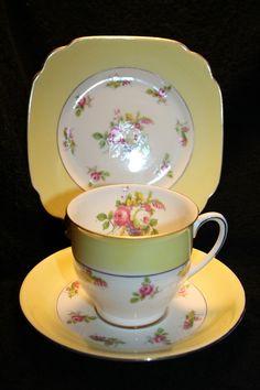 Royal Standard Buttercup Yellow Bone China TEA CUP an SAUCER Tea Cup Set, My Cup Of Tea, Tea Cup Saucer, Tea Sets, China Cups And Saucers, Teapots And Cups, Vintage Dishes, Vintage Teacups, Vintage China