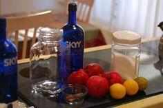 Ингредиенты для гранатовой настойки на водке с сахаром.