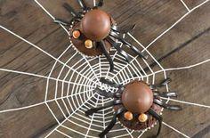 Annabel Karmel's chocolate spider cakes