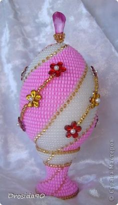 Поделка изделие Пасха Бисероплетение Яйцо сувенирное Розовая мечта Бисер