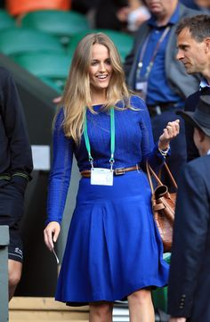 Kim Sears wins the fashion stakes as she cheers on Andy Murray at Wimbledon Kate Middleton, Kim Murray, Jennifer Aniston Hot, Celebrity Style Inspiration, Celeb Style, Blonde Color, Dark Blonde, Hair Colour, Classic Chic