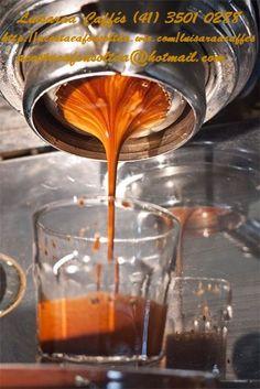 A Luisaraa Caffés (Acosta & Afonso Ltda) é uma distribuidora direcionada aos segmentos de cafeterias, coquetelarias, bares, restaurantes, lanchonetes e outras empresas gastronômicas, oferecendo soluções inovadoras ao mercado de Alimentos, Bebidas e aos serviços de Alimentação Fora do Lar (Food Service). Produtos Luisaraa Cafés Acosta & Afonso Ltda 55 41 3501 0288  Visite nosso website - http://acostaeafonsoltda.wix.com/luisaraacaffes Curta nossa página no Facebook…