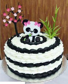 Ideas For Cake Birthday Owl Panda Bear Cake, Bolo Panda, Panda Cakes, Bear Cakes, Panda Themed Party, Panda Party, Panda Birthday Cake, Birthday Cake Girls, Birthday Parties