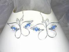 Boucles d'oreilles Fil d'aluminium Papillons bleus : Boucles d'oreille par les-secrets-d-alena