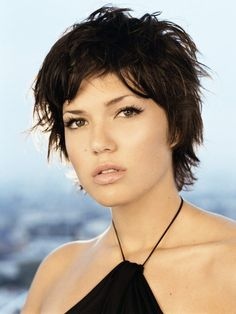 Mandy Moore Hair Styles Cute Hairstyles For Short Hair Night Hairstyles, Chic Hairstyles, Cute Hairstyles For Short Hair, Crown Hairstyles, Amazing Hairstyles, Hairdos, Short Hair Images, Short Hair Styles For Round Faces, Shaggy Short Hair