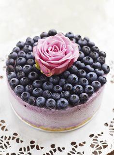 Gefrorener Cheesecake mit Blaubeeren - smarter - Zeit: 45 Min. | eatsmarter.de