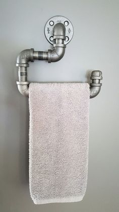 """hand towels Industrial black pipe or """"Steampunk"""" Hand-towel holder. It has of bar space to hold a folded standard sized hand towel. This product is made of black pipe fittings and is s Hand Towels Bathroom, Towel Rack Bathroom, Bathroom Small, Rustic Bathroom Decor, Rustic Bathrooms, Industrial Home Design, Industrial Pipe, Pipe Decor, Towel Hanger"""