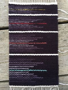 Comparing weft sizes in tapestry weaving with Rebecca Mezoff.