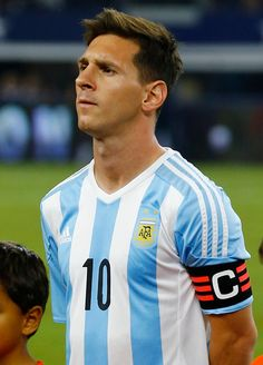 Lionel Messi of Argentina looks on before a friendly match between Argentina and Mexico at ATT Stadium on September 08 2015 in Arlington United States