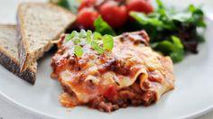 Lær hvordan du lager ordentlig lasagne med digg kjøttsaus med denne enkle oppskriften.