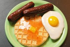 Waffles For Breakfast! Waffle, Egg, Sausages and A Clear Plate. American Girl Doll Food.