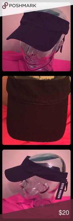 🆕 ONLY 1! Steve Madden Logo Visor Authentic Steve Madden Logo Visor. Black with Black Stitched Steve Madden Logos. Elasticized Back. 100% Cotton. Brand New. Excellent Condition. No Trades. Also Comes in Blue & White. See the Separate Listings. See Other Cool Hats in My Closet.👌🏽 Steve Madden Accessories Hats