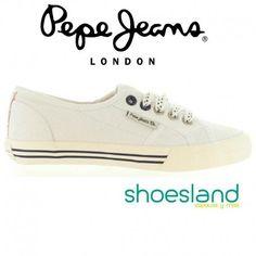 Si te gusta Pepe Jeans te encantarán estas zapatillas deportivas tipo bamba en lona color blanco con cordones !  Del 35 al 39