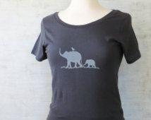 Womens Organic Cotton T Shirt - Womens Graphic Tee - Gray Scoop Neck Tee Shirt - Elephant Design Screen Printed Shirt