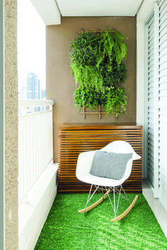 Cozy Veranda Ideas and Style Ideas Outstanding very small balcony garden ideas exclusive on dova home decor Small Balcony Design, Small Balcony Garden, Small Balcony Decor, Small Patio, Small Home Offices, Small Apartments, Small Balcony Furniture, Apartment Balcony Decorating, Colorful Decor