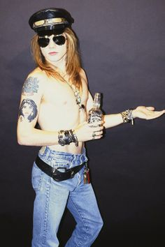 Axl Rose of Guns N Roses. Early years. #axlrose #GNR #rockstars http://www.pinterest.com/TheHitman14/musician-singerfrontmen-%2B/