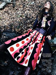 Vogue China Agosto 2014 | Kendra Spears e Elizabeth Erm por Emma Summerton [Editorial]