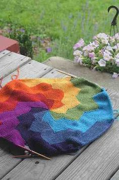 10 Free Rainbow Knitting Patterns!