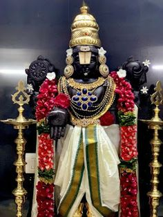 Sri Balaji Travel is one of Best Tirupati Tour Operator provides you Quality and Affordable Pilgrimage Tirupati darshan package from Bangalore. Ganesh Images, Lord Krishna Images, Krishna Pictures, Shri Ganesh, Krishna Art, Cinderella Pictures, Photos Of Lord Shiva, Lord Rama Images, Hindu Statues
