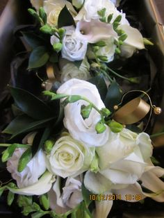 For a beautiful and unique florist situated in the popular Ben Rhydding shopping parade in the heart of Ilkey Moor visit The Green Room Florist and Gift Shop. Offering bespoke floristry for a variety of events and specialising in weddings. Our service is outstanding and our flowers and gifts are exquisitely wrapped.