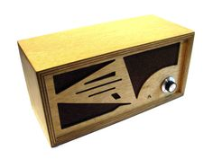 Wooden Mp3 speaker by WardElectric